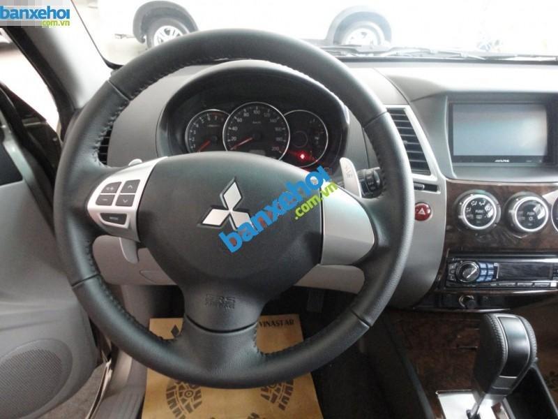 Xe Mitsubishi Pajero Sport 3.0 2013-7