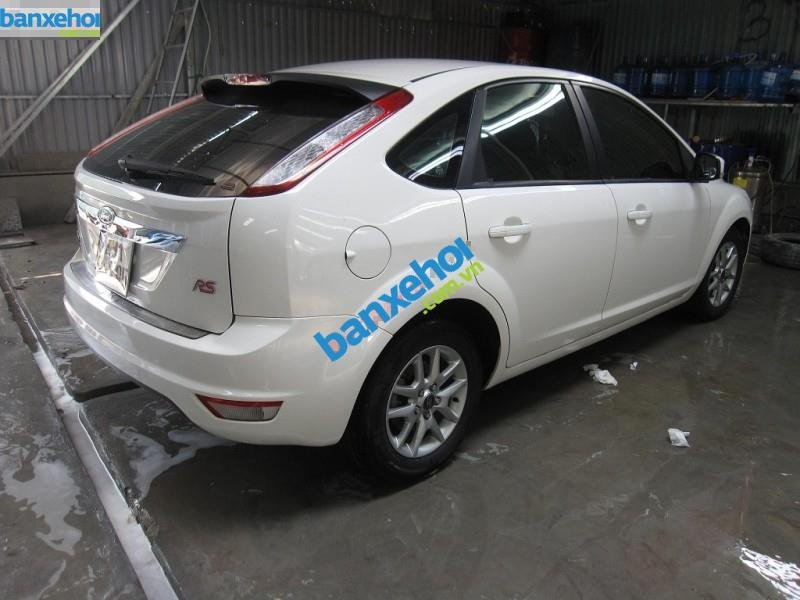 Xe Ford Focus RS 2010-1