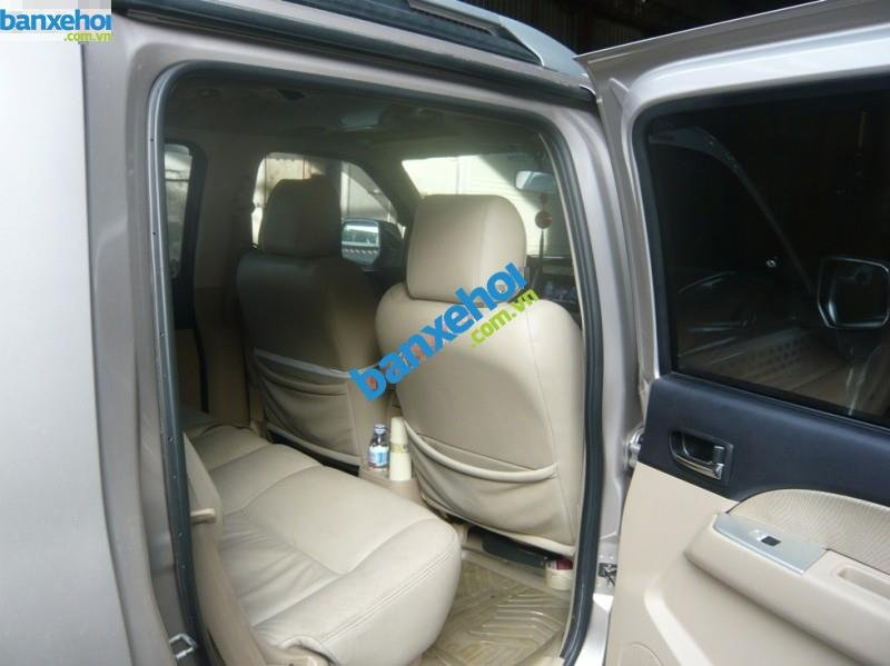 Xe Ford Everest 4x2 MT 2010-4