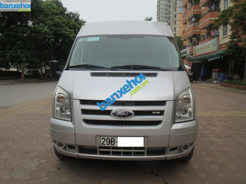Xe Ford Transit  2012-0