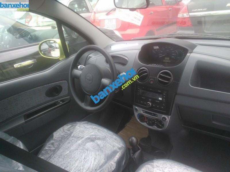 Xe Chevrolet Spark Van 2014-4