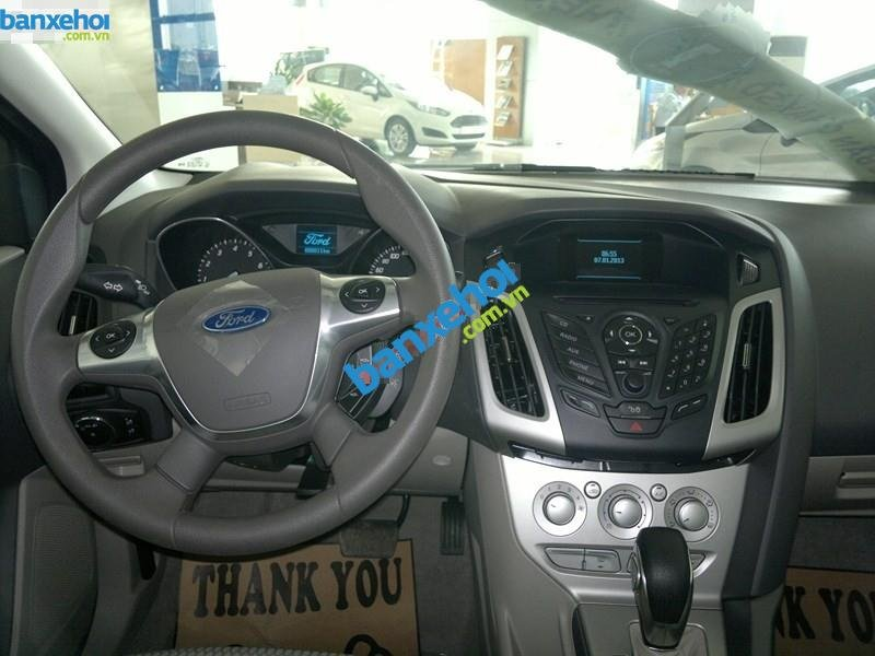 Xe Ford Focus  2014-5