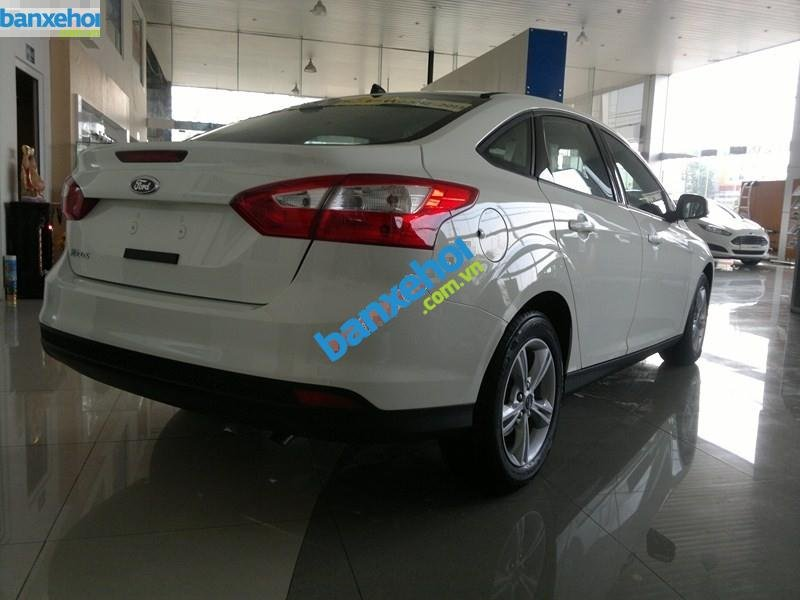Xe Ford Focus  2014-2
