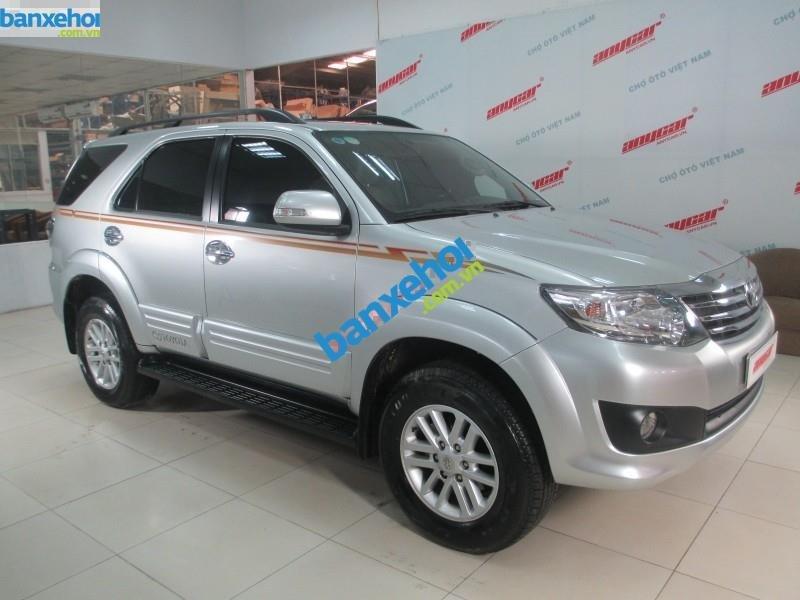 Xe Toyota Fortuner V 2.7 AT 2013-2