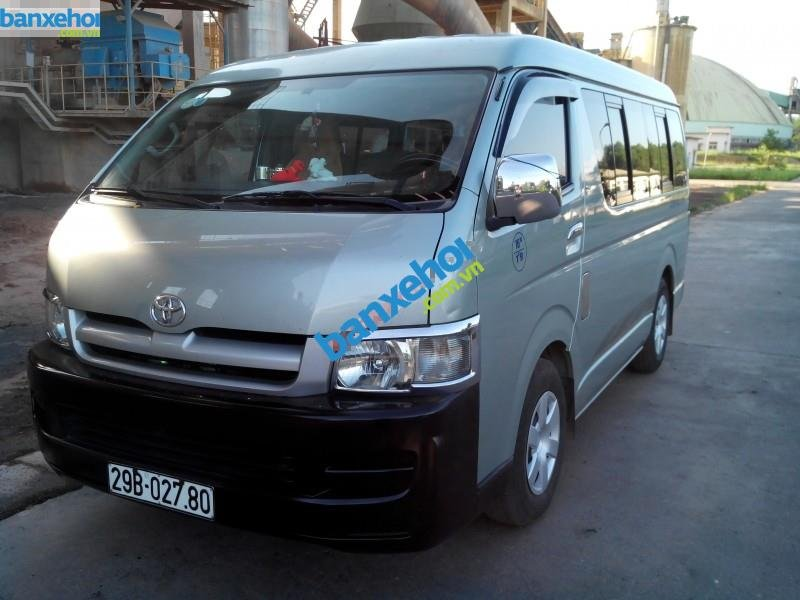 Xe Toyota Hiace  2007-0