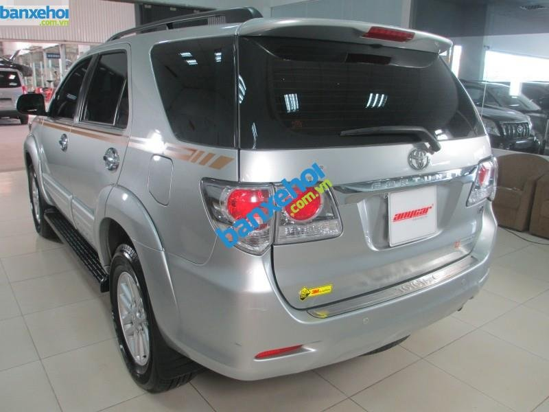 Xe Toyota Fortuner V 2.7 AT 2013-3