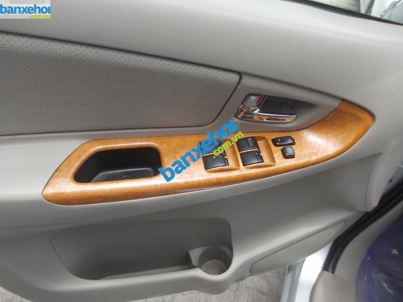 Xe Toyota Innova G 2011-1