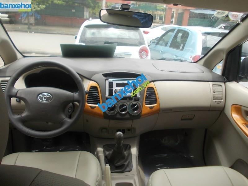 Xe Toyota Innova G 2011-2