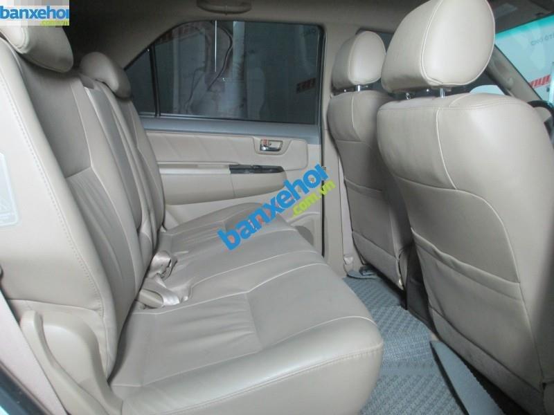Xe Toyota Fortuner V 2.7 AT 2013-6