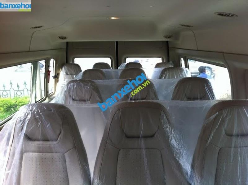 Xe Ford Transit  2014-3