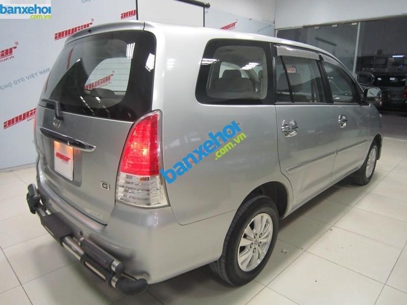 Xe Toyota Innova G 2010-4