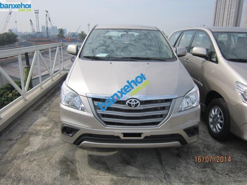 Xe Toyota Innova 2.0E 2014-0