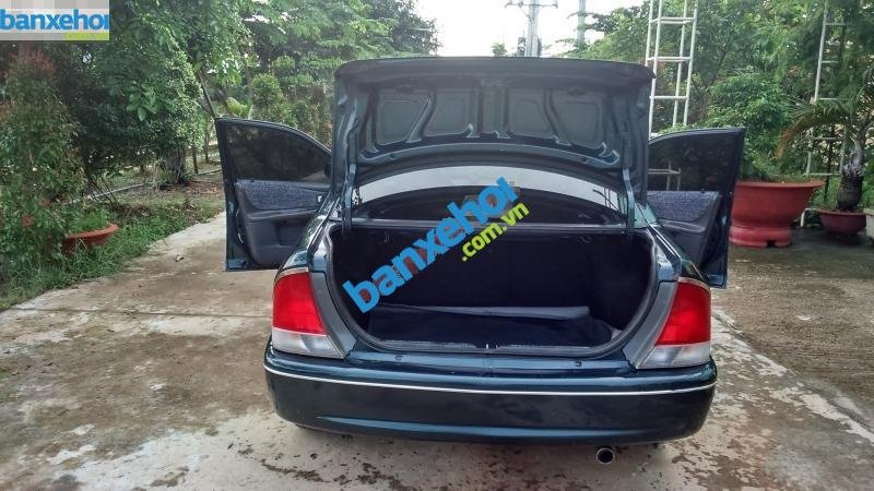 Xe Ford Laser 1.6 2000-4
