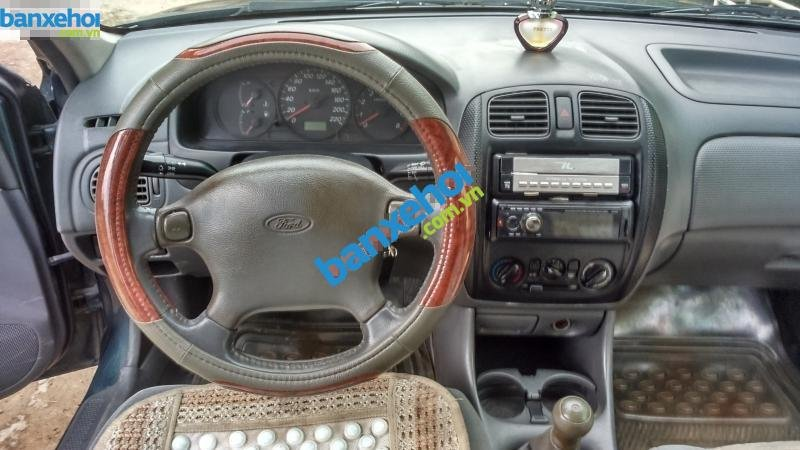 Xe Ford Laser 1.6 2000-7