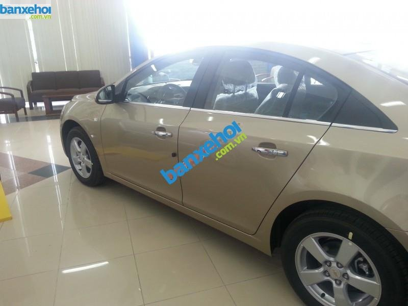 Xe Chevrolet Cruze LS 2014-1