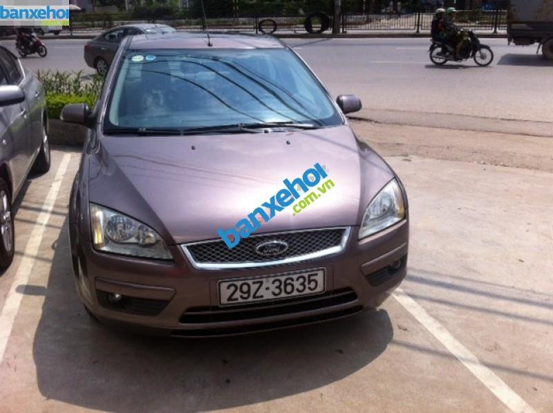 Xe Ford Focus  2005-0