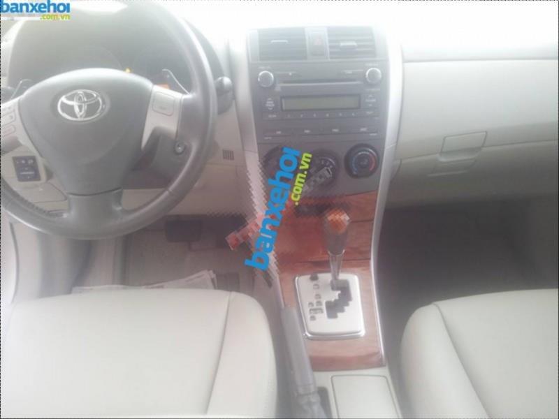 Xe Toyota Corolla altis 2.0V 2010-2
