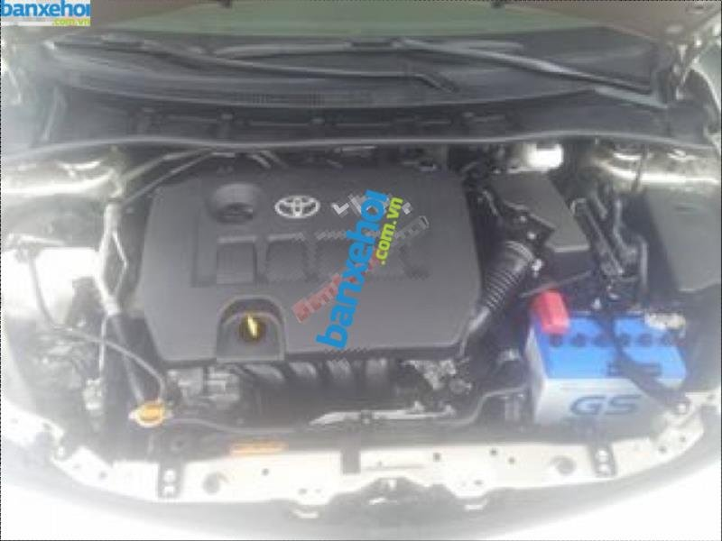 Xe Toyota Corolla altis 2.0V 2010-7