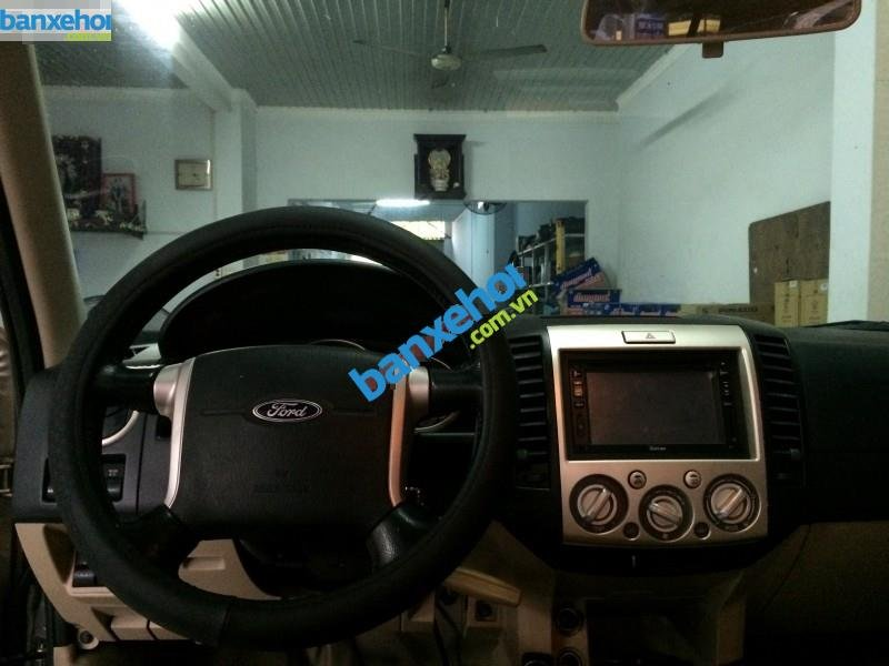 Xe Ford Everest  2007-8