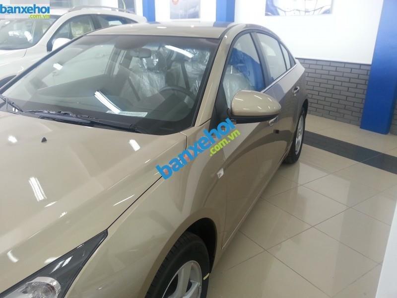 Xe Chevrolet Cruze LS 2014-3