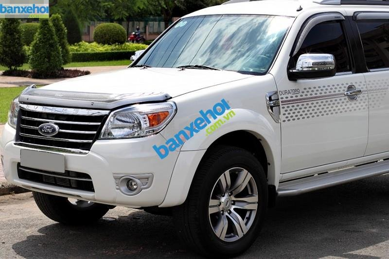 Xe Ford Everest Limited 4x2AT 2010-0