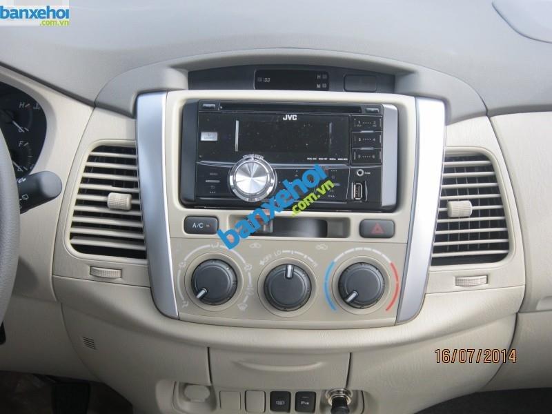 Xe Toyota Innova 2.0E 2014-8