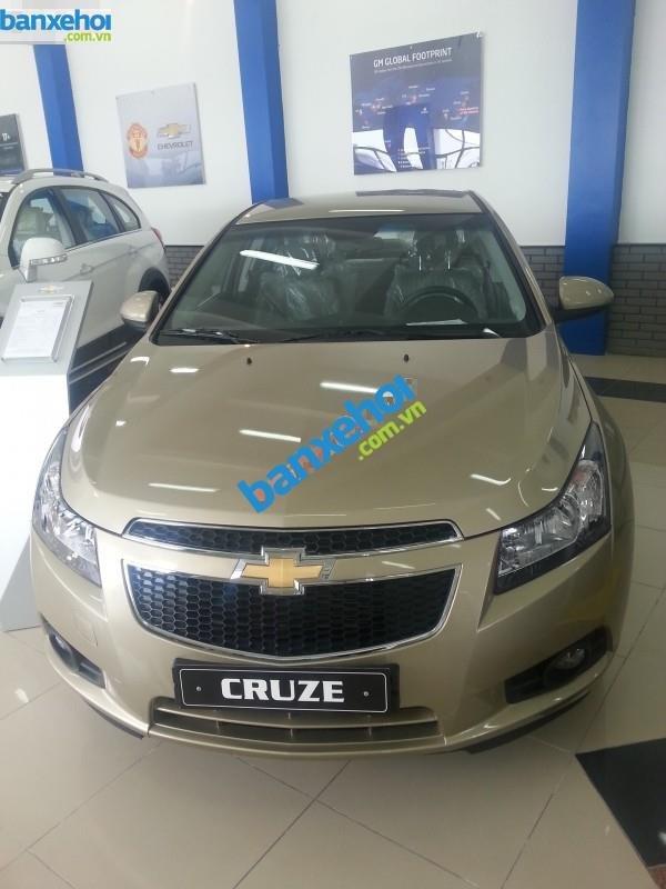 Xe Chevrolet Cruze LS 2014-0