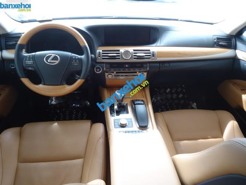 Xe Lexus LS 600hL 2013-7