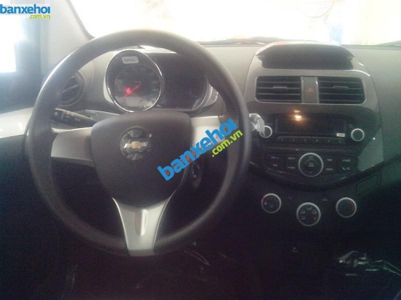 Xe Chevrolet Spark LS 2014-4