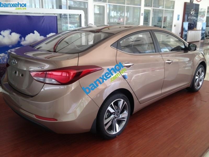 Xe Hyundai Elantra 1.6MT 2015 giá 625 triệu-1