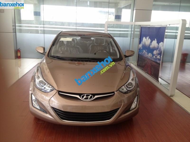 Xe Hyundai Elantra 1.6MT 2015 giá 625 triệu-2