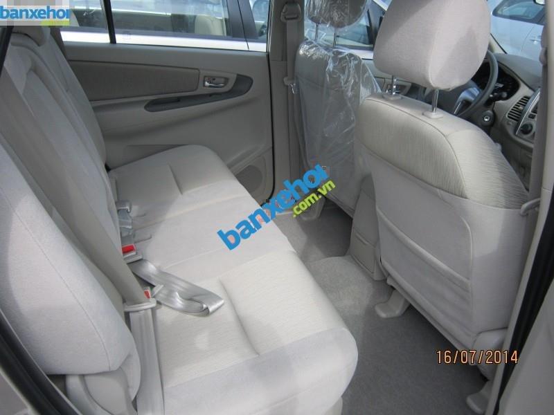 Xe Toyota Innova 2.0E 2014-5