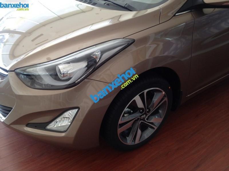 Xe Hyundai Elantra 1.6MT 2015 giá 625 triệu-5