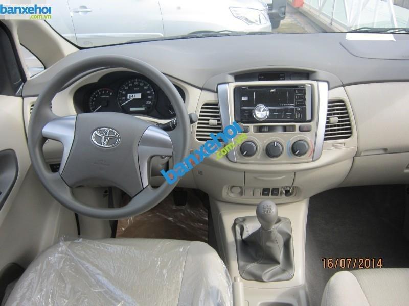 Xe Toyota Innova 2.0E 2014-7
