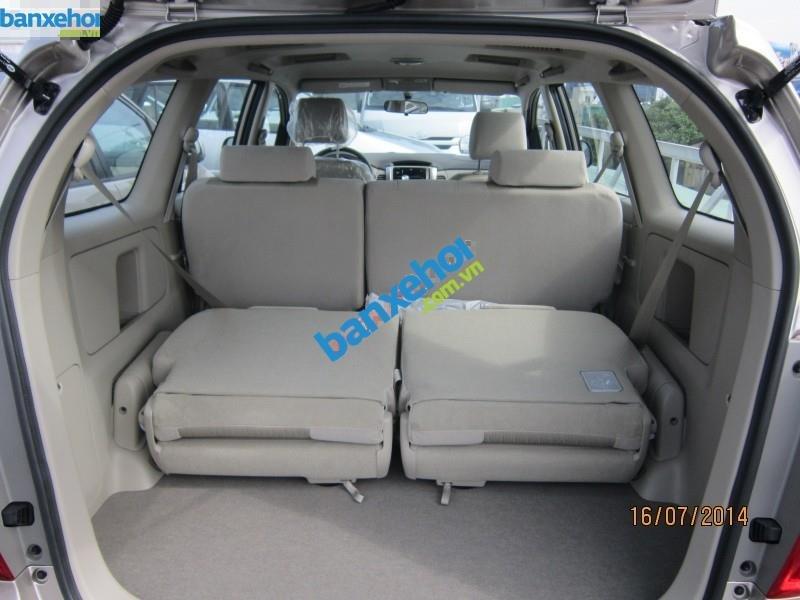 Xe Toyota Innova 2.0E 2014-6