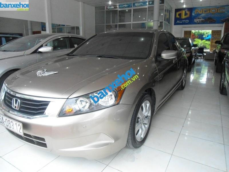 Xe Honda Accord  2010-1