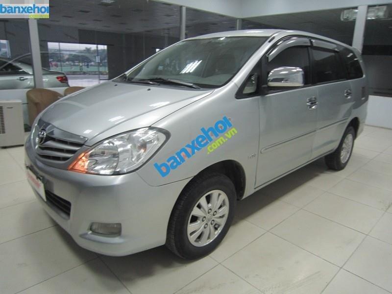 Xe Toyota Innova G 2010-0