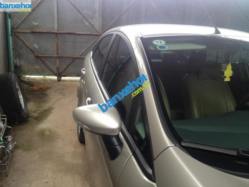 Xe Ford Fiesta 1.6AT 2012-1