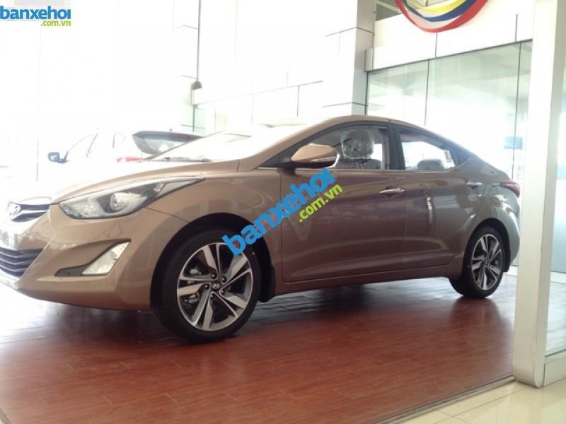 Xe Hyundai Elantra 1.6MT 2015 giá 625 triệu-4