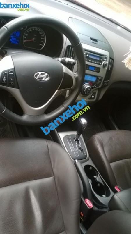Xe Hyundai i30 CW 2011-5