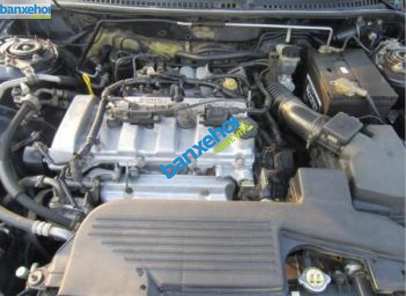Xe Ford Laser  2005-4