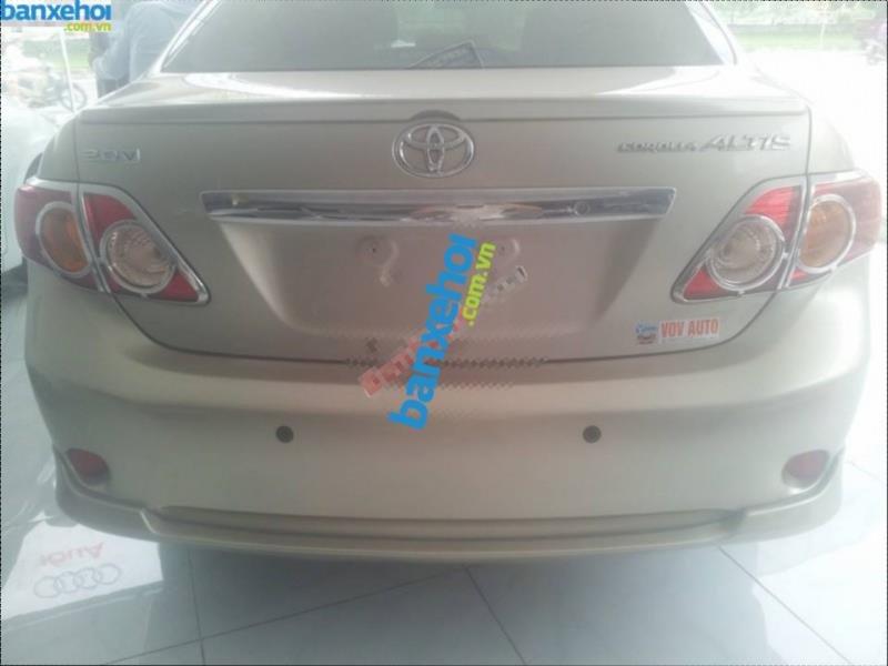 Xe Toyota Corolla altis 2.0V 2010-1