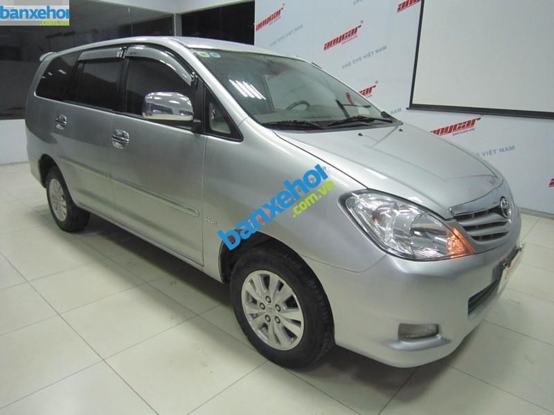 Xe Toyota Innova G 2010-1