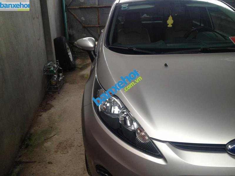 Xe Ford Fiesta 1.6AT 2012-0
