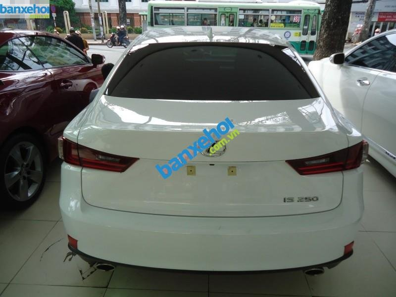 Xe Lexus IS 250 2013-4