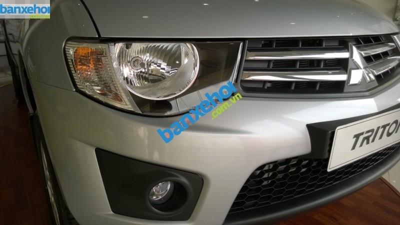 Xe Mitsubishi Triton GLX 2014-3