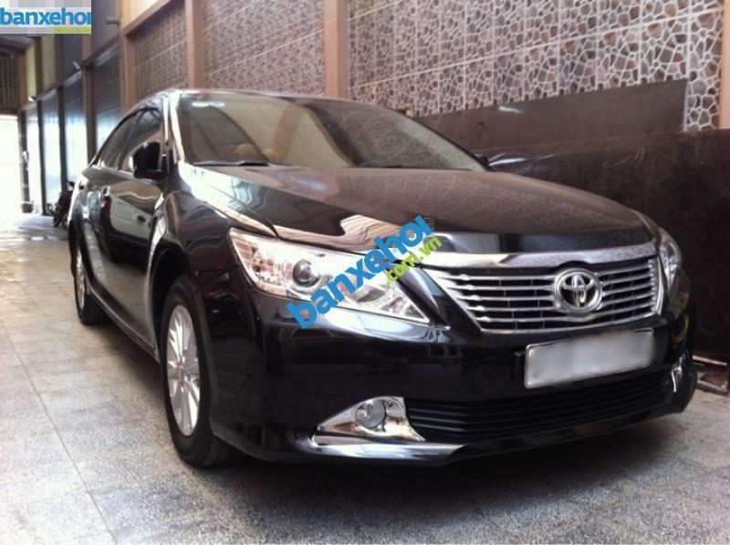 Xe Toyota Camry 2.0E 2013-0