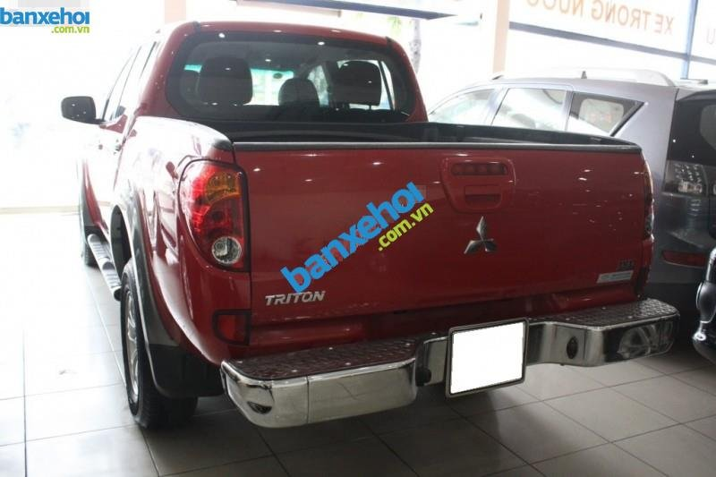 Xe Mitsubishi Triton  2011-2