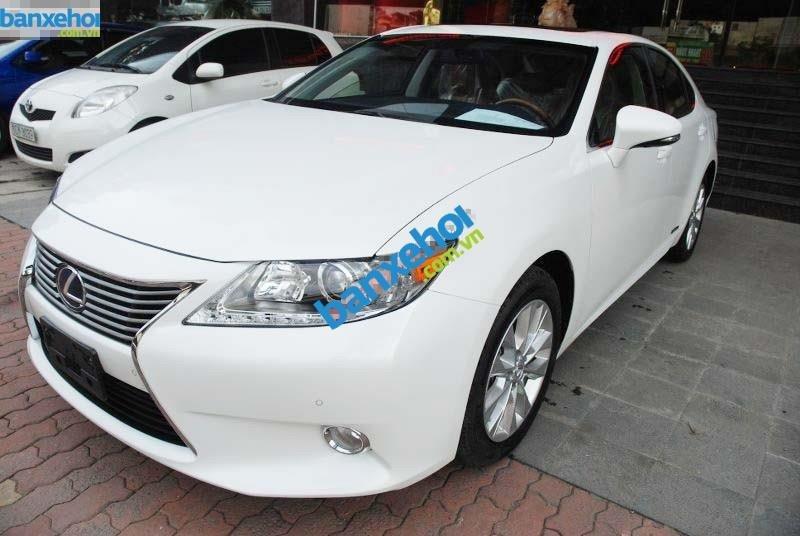 Xe Lexus ES 300h 2012-0