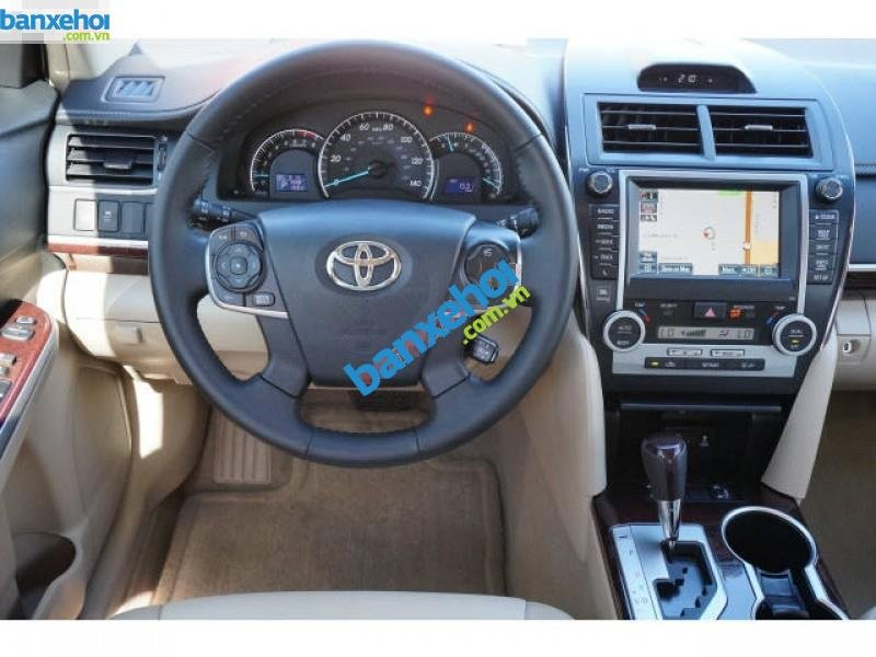 Xe Toyota Camry XLE 2013-7